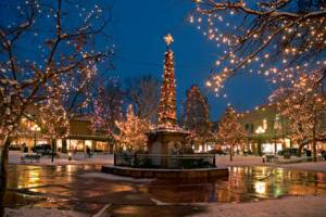 Santa Fe Plaza Xmas lights